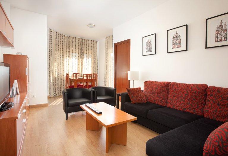 Fab 3-pokojowe mieszkanie do wynajęcia w Sants, Barcelona