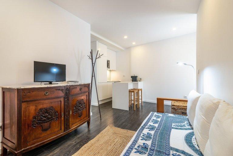Appartamento con 1 camera da letto in affitto a Chiado e Carmo, Lisbona