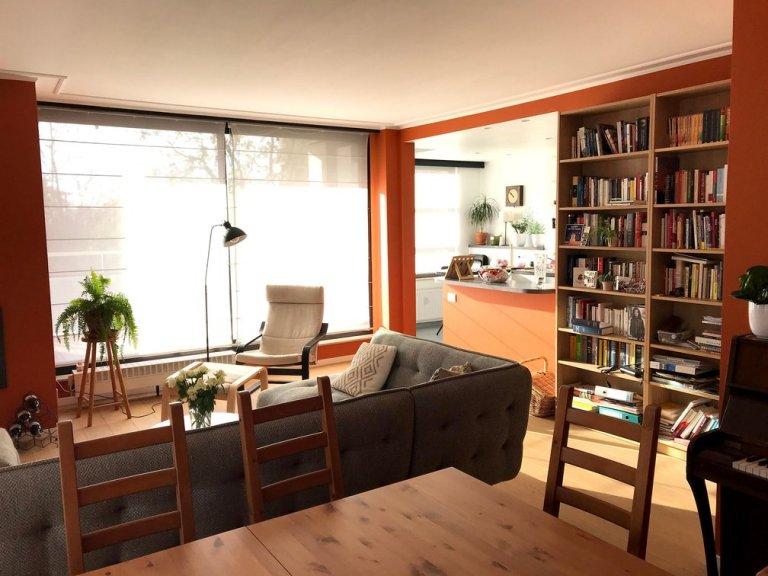 Whole 2 bedrooms apartment in Ukkel
