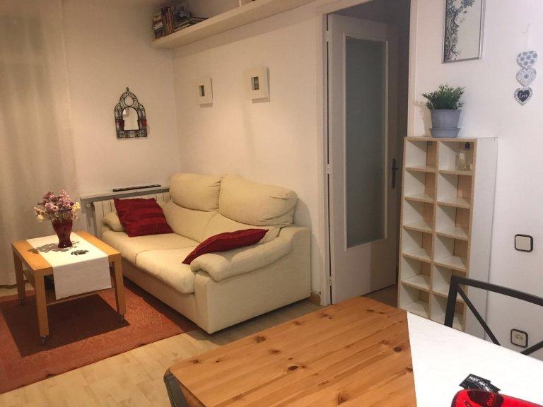 3-Zimmer-Wohnung zur Miete in Poble-sec, Barcelona