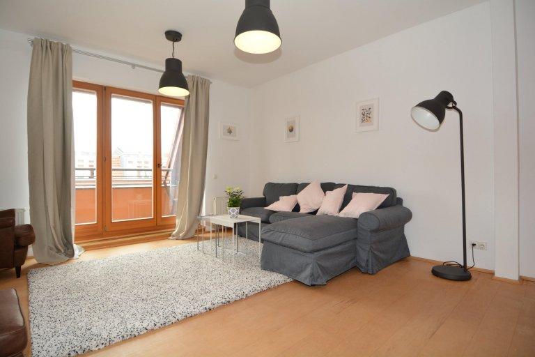 Prenzlauer Berg'de kiralık 2 yatak odalı harika daire