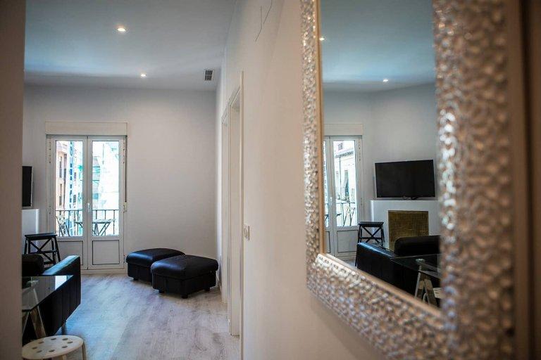 Fajne 3-pokojowe mieszkanie do wynajęcia w La Latina, Madryt