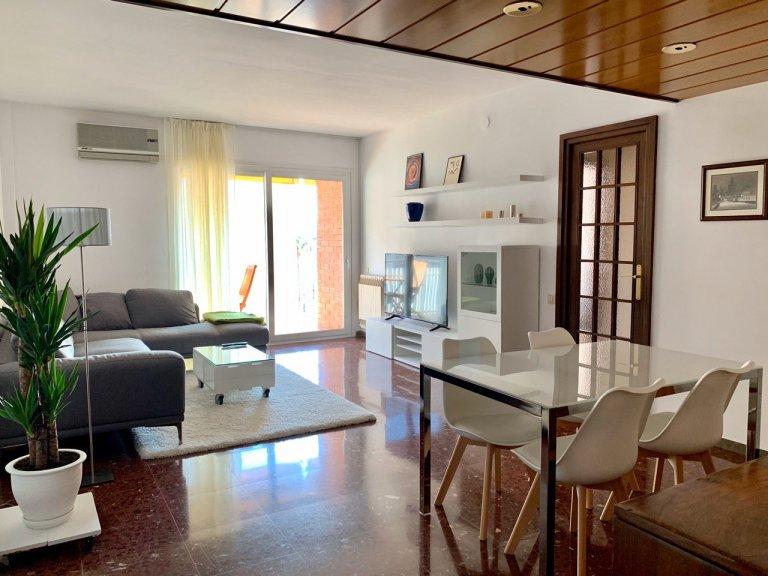 Eixample'de kiralık 4 odalı daire, Barselona