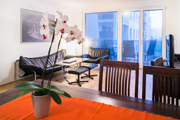 Stylish 2-bedroom apartment with balcony for rent in Leopoldstadt