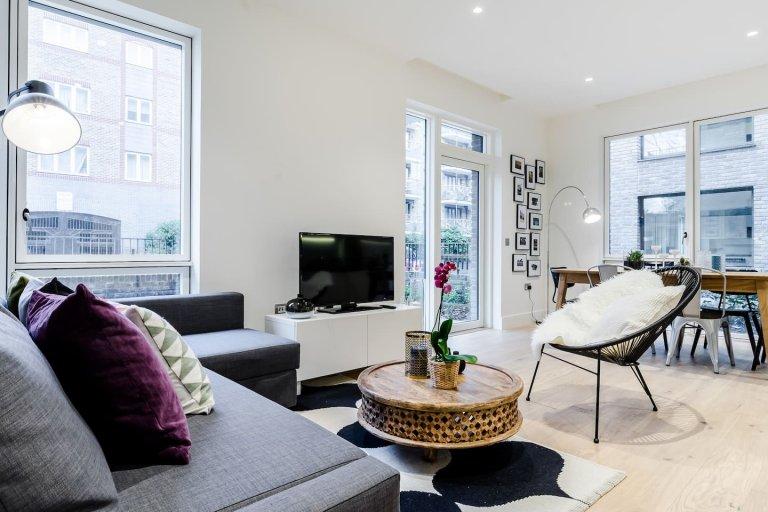 3-bedroom flat to rent, Kensington, London
