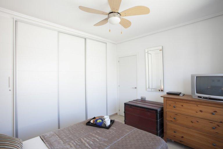Intero appartamento con 3 camere da letto a València