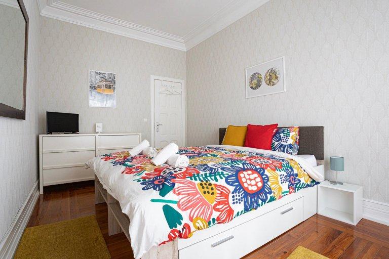 Lisboa'da ortak dairede oda