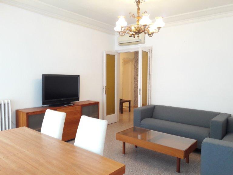 4-pokojowe mieszkanie do wynajęcia L'Eixample Esquerra, Barcelona