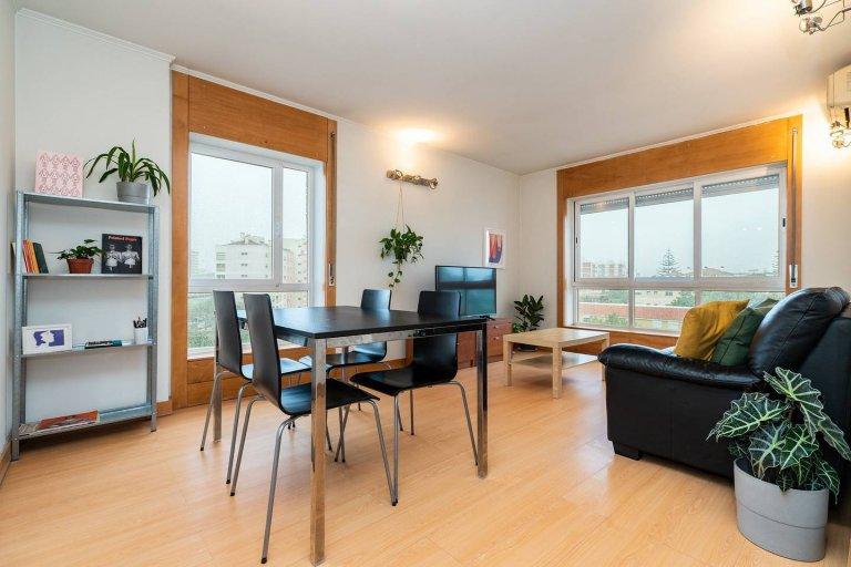 Appartement de 3 chambres à louer à Lumiar, Lisboa
