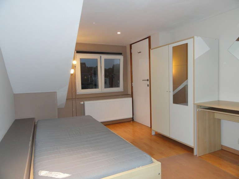 Bedroom 5 with Single Bed and Kitchenette- Type C