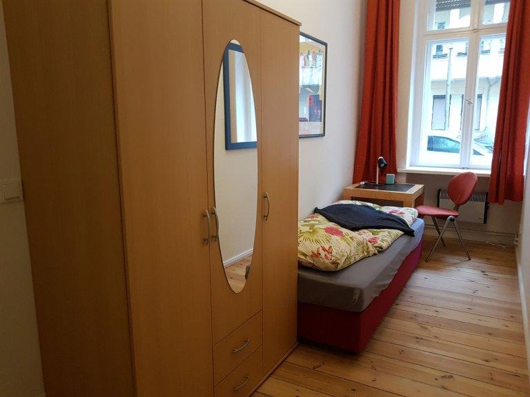 Pokój do wynajęcia w dużym mieszkaniu w Pankow, Berlin