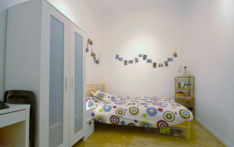 Bedroom 6 - Double bed, no window