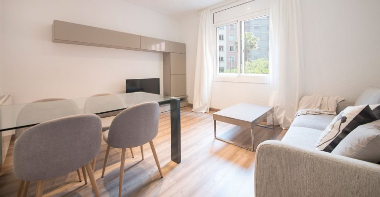 Apartamento de 3 quartos brilhante para alugar em Gràcia, Barcelona