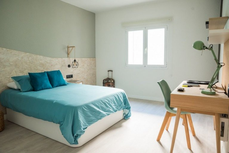 Room for rent in student residence in Delicias, Madrid