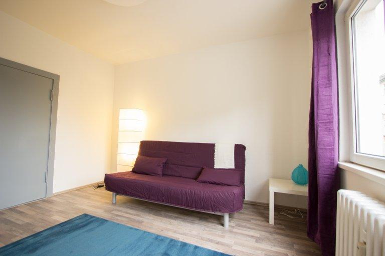 Pokoje do wynajęcia w 3-łóżkowym apartamencie, Schöneberg, Berlin