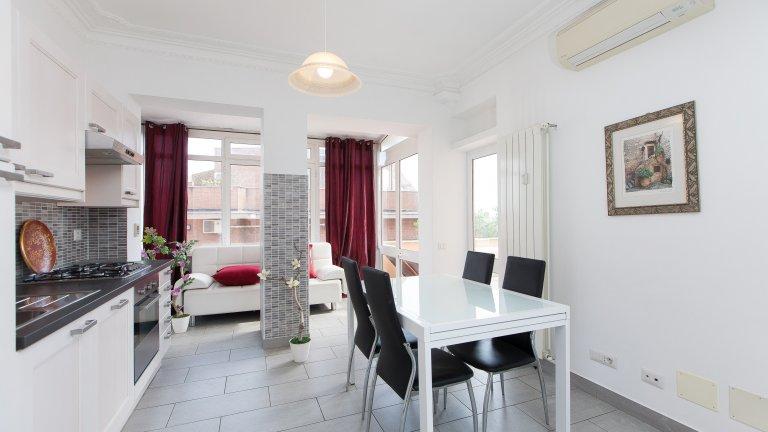 Apartamento de 5 quartos para alugar em Monteverde, Roma