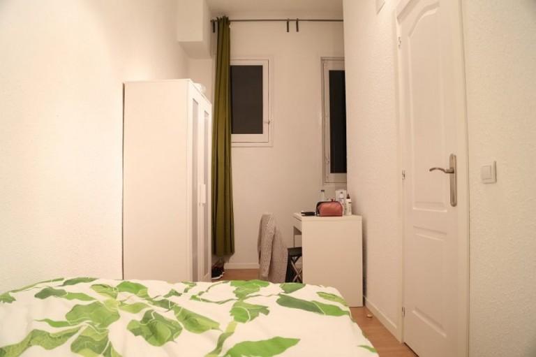 Bedroom 9 - Double bed, interior