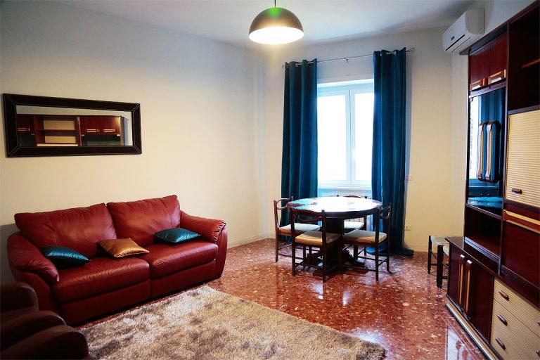 Spacieux appartement de 2 chambres à louer à Trastevere, Rome