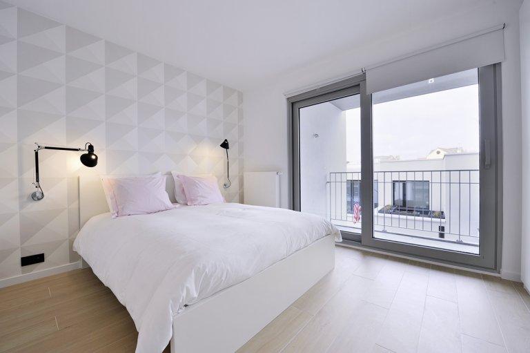 Elegancki pokój w apartamencie z 2 sypialniami w Etterbeek w Brukseli