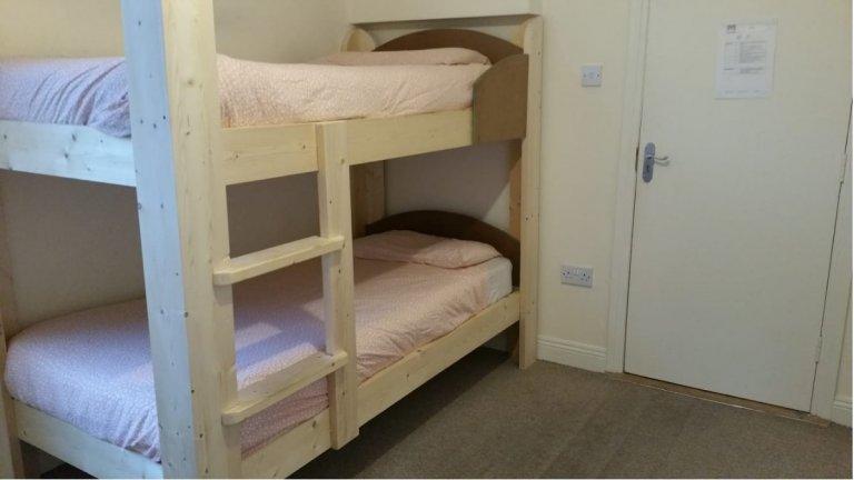 Chambre animée dans un appartement partagé à Stoneybatter, Dublin