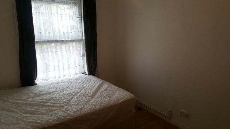 Zimmer zu vermieten in einer 6-Zimmer-Wohngemeinschaft in Bethnal Green