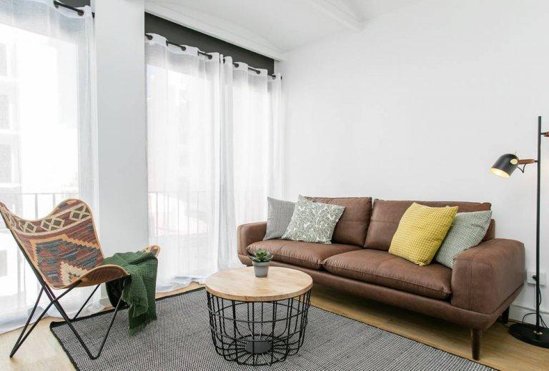 Apartamento de 3 quartos para alugar em Poble-sec, Barcelona