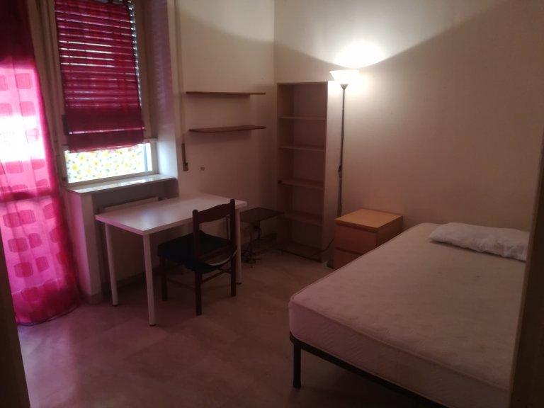 Piękny pokój do wynajęcia w Monte Sacro, Rzym