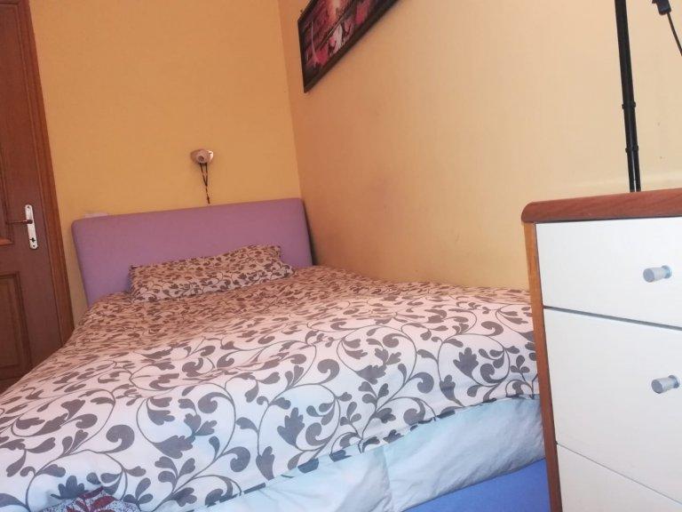 Quarto confortável para alugar em Municipio XIII, Roma