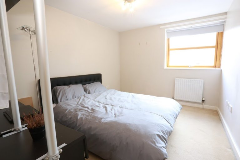 Inviting room in shared flat in Bow, London