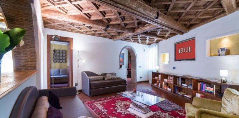 4-Zimmer-Wohnung zur Miete in Trevi, Rom