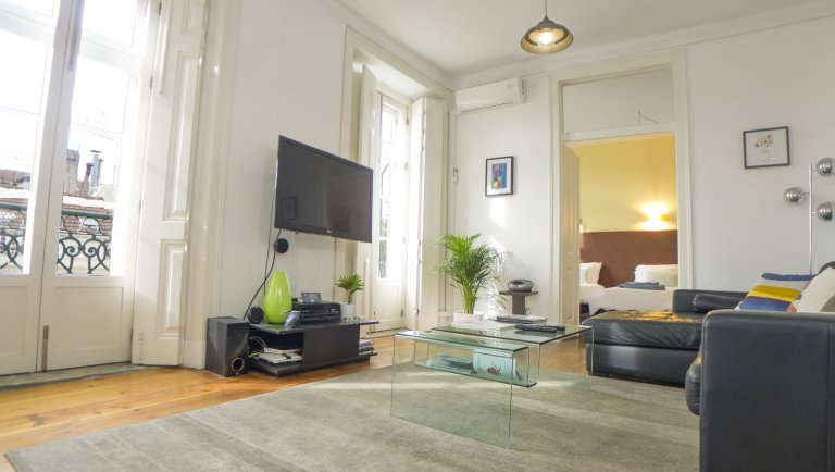 Fantastic 3-bedroom apartment for rent in Rossio, Lisbon