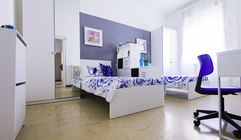 Letto in camera condivisa, appartamento con 2 camere da letto, Stazione Centrale