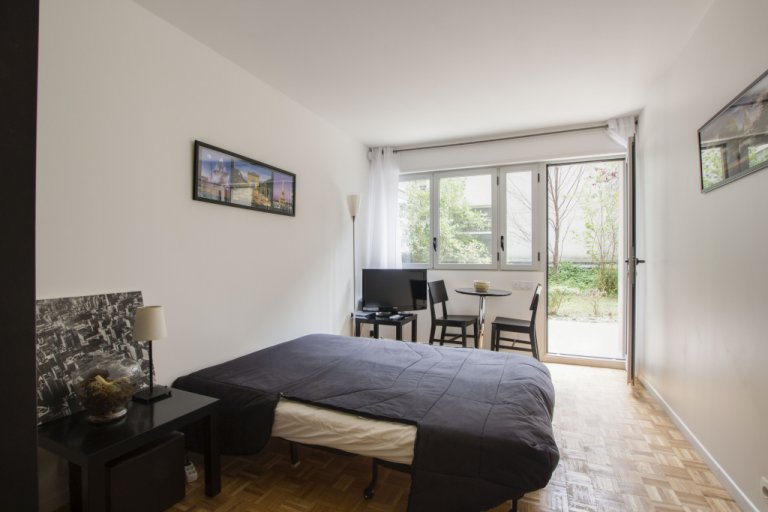 Beautiful studio apartment for rent in 15th arrondissement