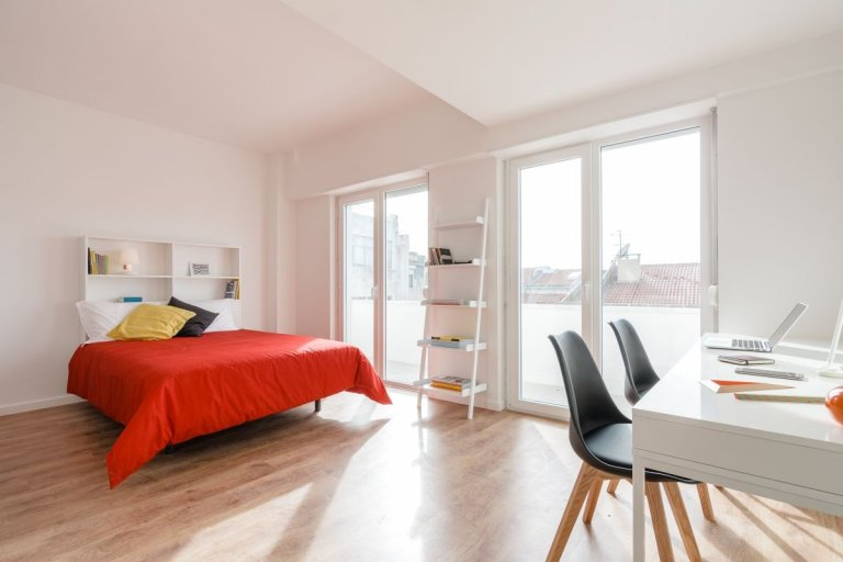 Trendy studio apartment for rent in Arroios, Lisbon