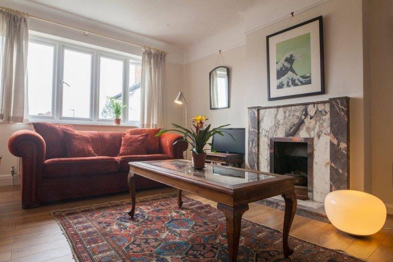 Casa espaçosa com 4 quartos para alugar em Putney, Londres