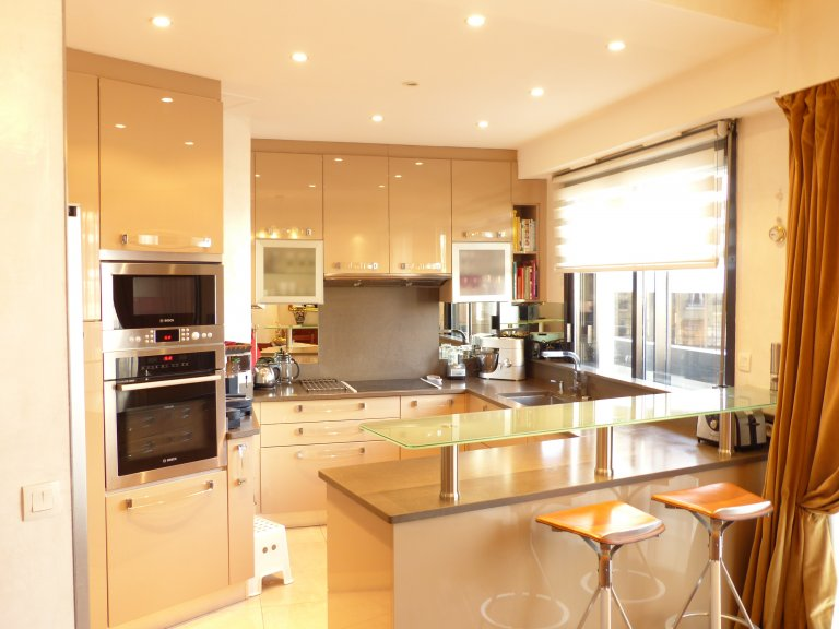 Great 2-bedroom apartment for rent in Neuilly-sur-Seine