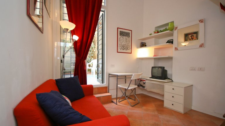 Appartement studio confortable à louer à Centro Storico, Rome