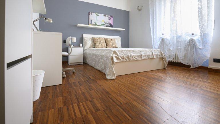 Doppelzimmer zu vermieten, 3-Zimmer-Wohnung, Morivione, Mailand