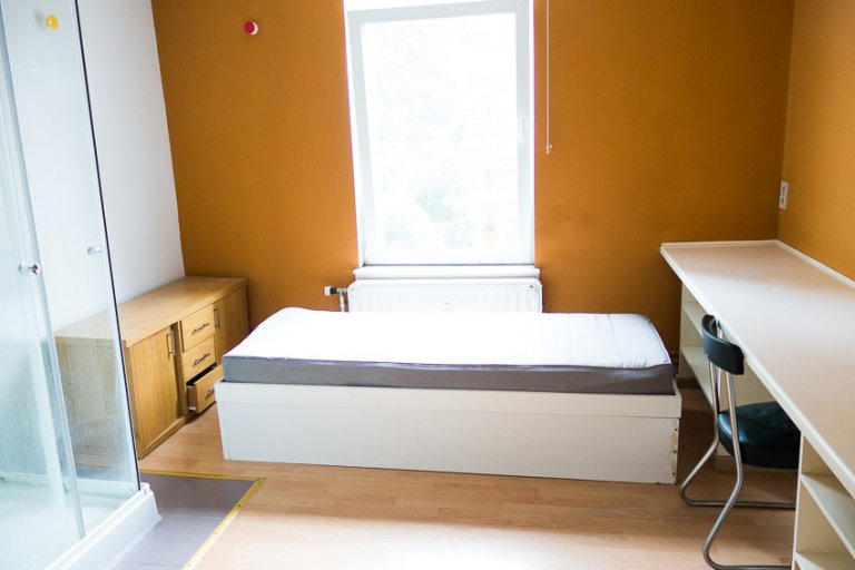 Quartos com contas incluídas na residência, Schaerbeek, Bruxelas