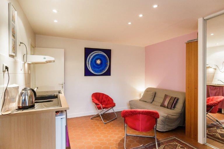 Studio apartment for rent in the 11th arrondissement