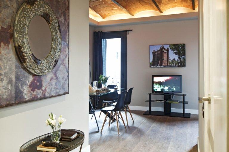 2-bedroom apartment for rent in Eixample Esquerra