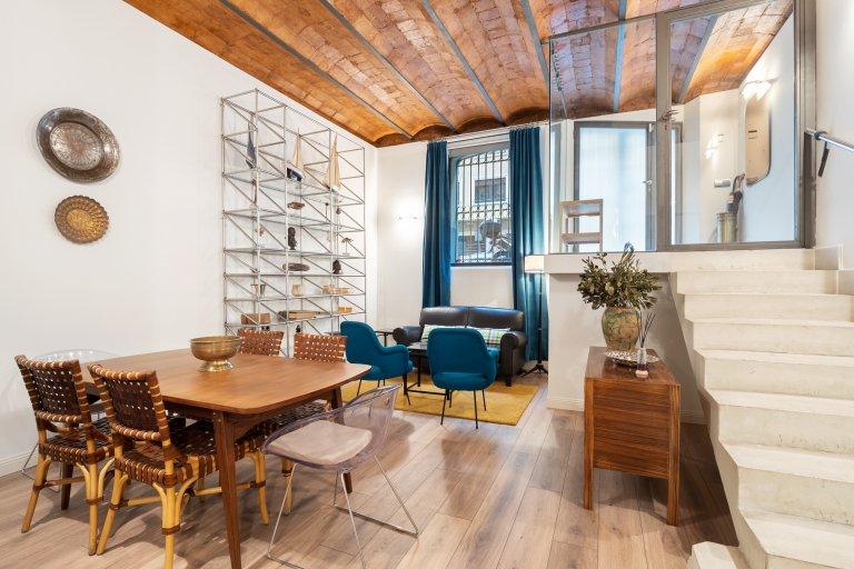 Fab apartamento de 2 quartos para alugar em l'Eixample Esquerra