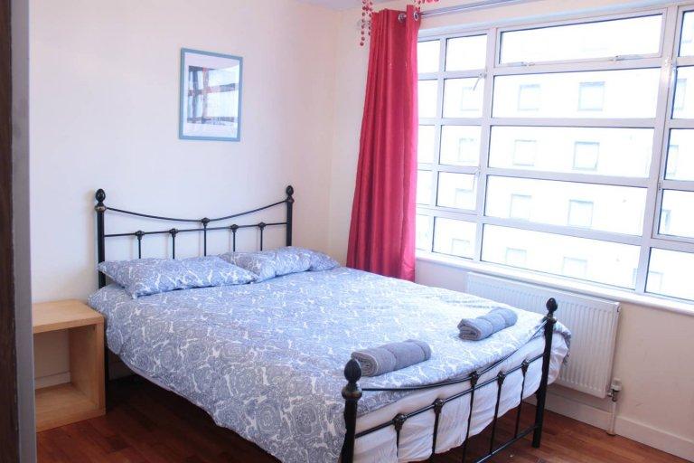 Appartement de 3 chambres à louer à Ealing, Londres