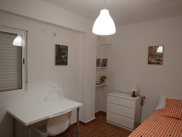 València'da 3 yatak odalı apartman dairesi