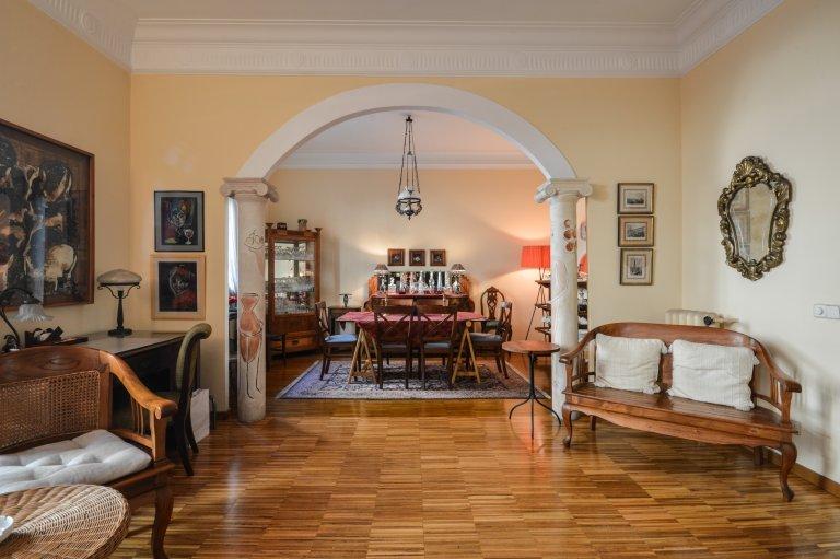 Apartamento de 2 quartos para alugar em El Born, Barcelona
