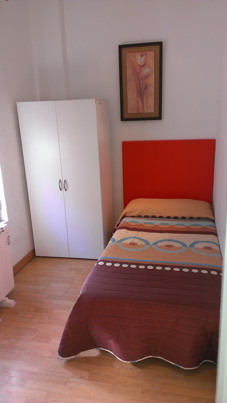 Bedroom 3 -single bed