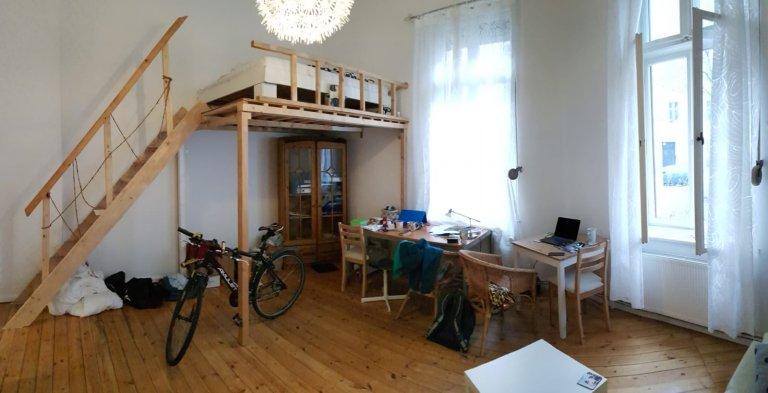 Room for rent in 2-bedroom apartment in Wilmersdorf, Berlin