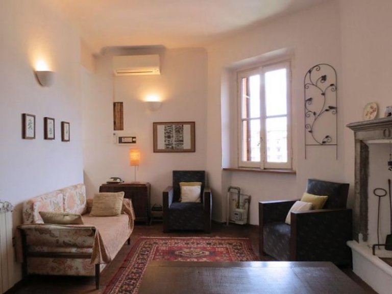 Soleado apartamento de 1 dormitorio en alquiler en Zona Solari, Milán