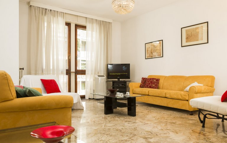 2-bedroom apartment for rent in Washington, Milan