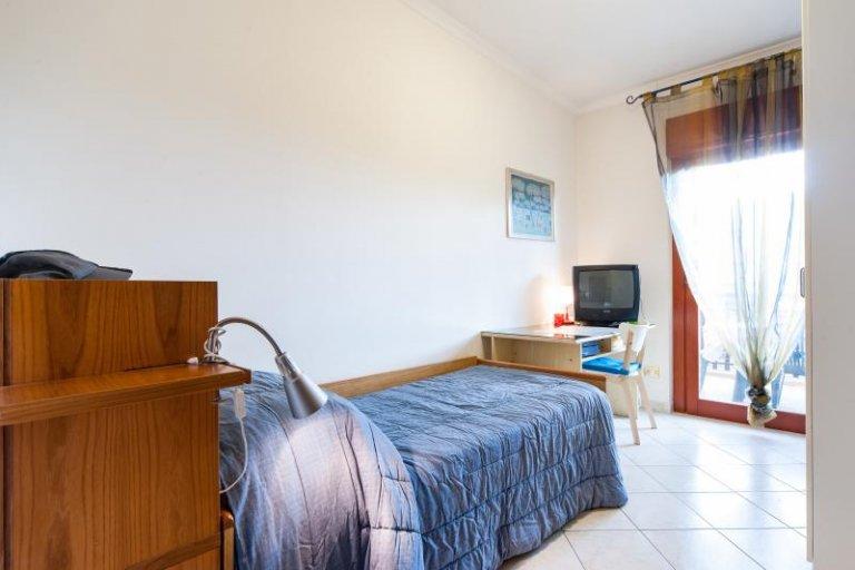 Quarto em apartamento compartilhado em Roma